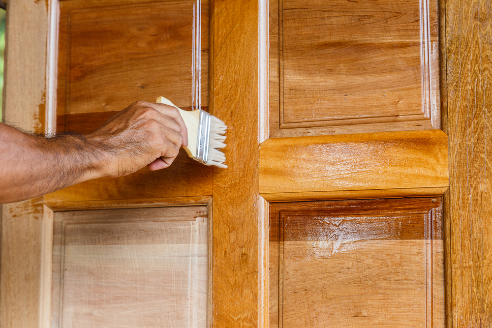 Tips and Tricks for Applying (and Removing) Wood Varnish