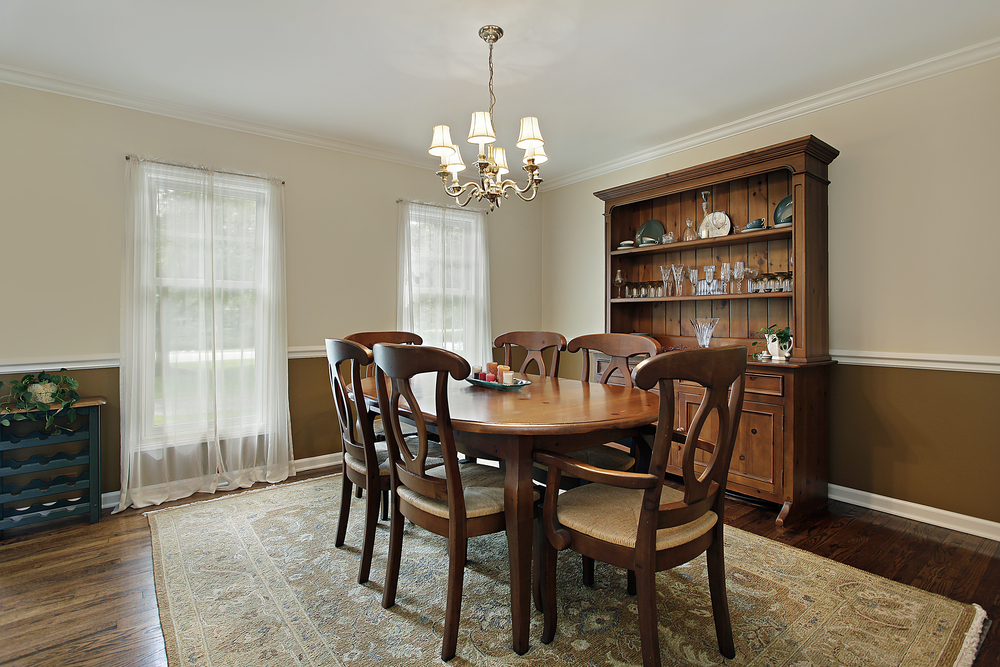 Add Timeless Beauty to your Décor with Oak Wood Furniture