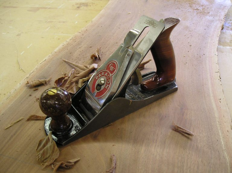 Right Hand Planes with Shavings from Paragon