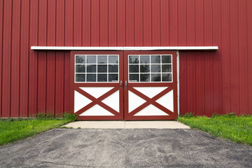 red barn door - how to build a door